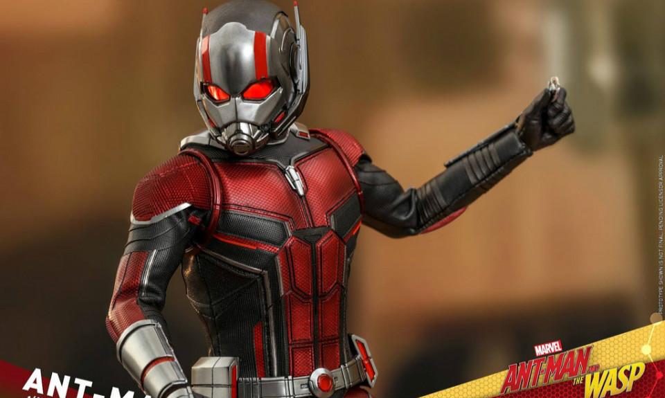 Hot Toys《蚁人与黄蜂女》蚁人 Ant-Man 1/6 比例人偶作品