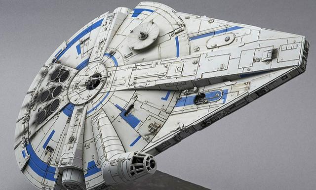 《星球大战外传:韩索罗》千年鹰号(蓝道·卡利森版本) 1/144比例 组装模型