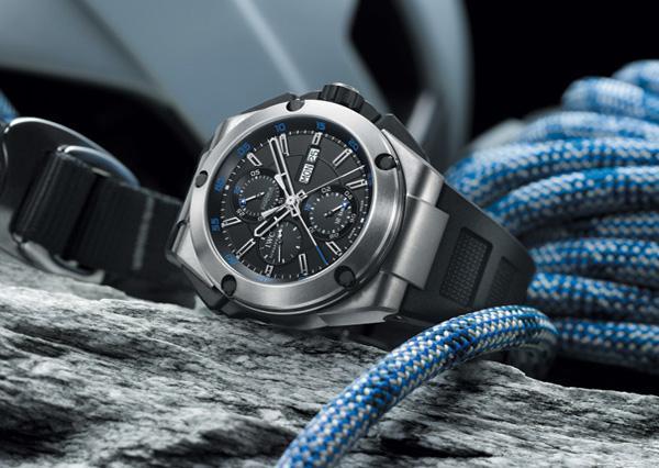 万国钛金属款工程师系列腕表