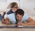 外国小孩的十个亲子游戏   看看国外的父母们都是怎么陪孩