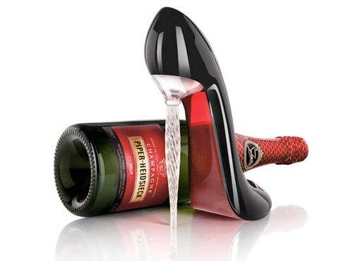 Tiffany 力挺 Louboutin 红底鞋品牌专利