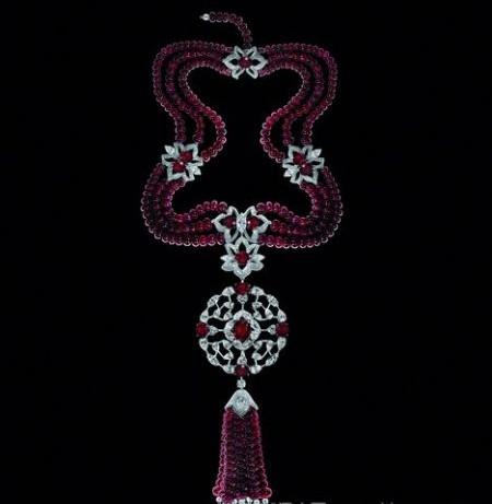 微距下的顶级珠宝臻品鉴赏