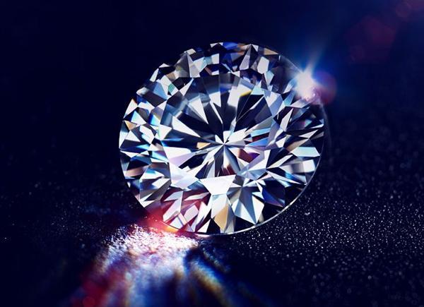 购买钻石除了4C鉴定标准 你知道什么是钻石的火彩效应吗