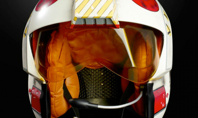 孩之宝 黑标系列《星球大战》路克·天行者 Luke Skywalker 1:1 比例电子头盔
